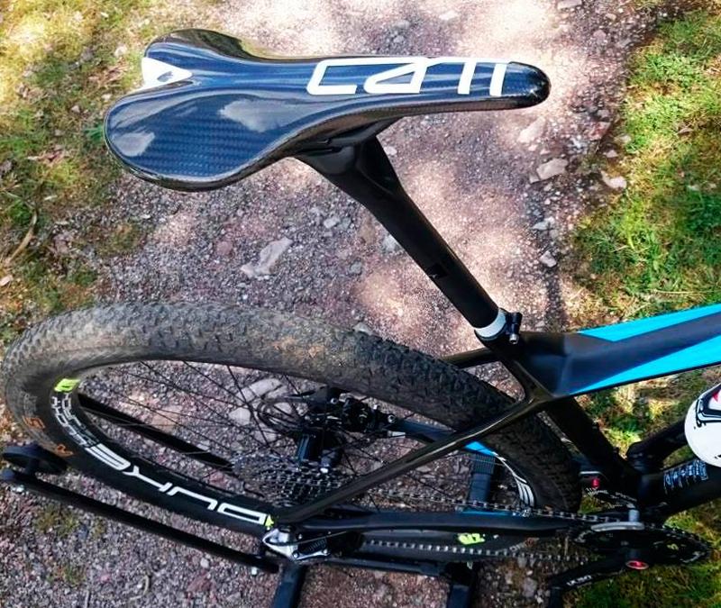 essax-cati-sillin-carbono-carbon-bike-saddle-ciclismo-cycling